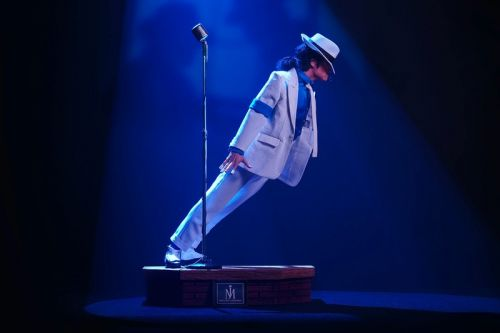 "PureArts Commemorates Michael Jackson's Gravity-Defying ""Smooth Criminal"" Lean in a 1/3 Scale Statue"