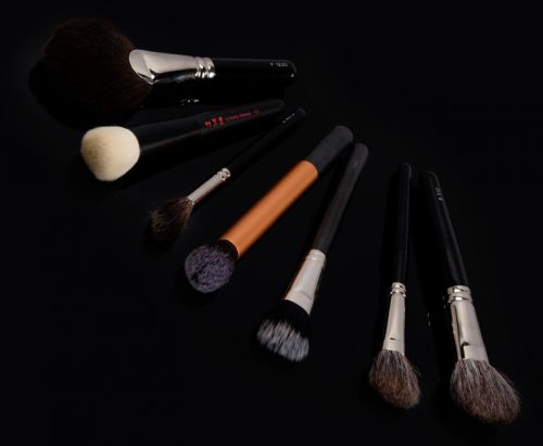 Best Makeup Brushes for Finishing & Contour
