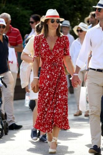 Pregnant Pippa Middleton Just Wore a Flawless Ralph Lauren Wrap