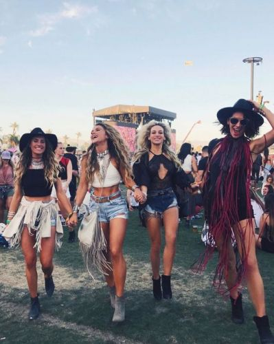 A beauty editors guide to packing for Coachella