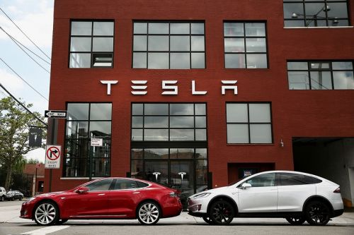 Tesla Forced to Push Back Price Increase