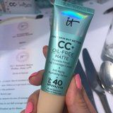 IT Cosmetics' New CC Cream Is a Game Changer For People With Oily Skin