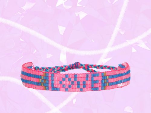 Spread The Love With These 15 Friendship Bracelets