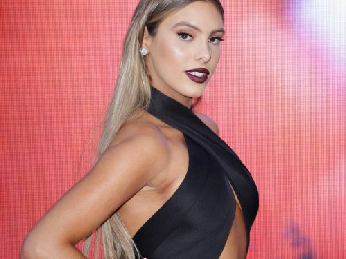 Lele Pons Wore The Falsies Of The Future To The Latin Grammys
