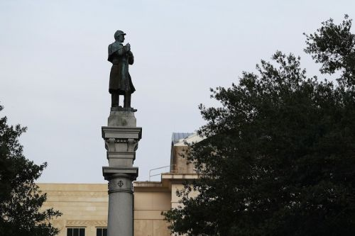 It's Now a Serious Felony to Damage Confederate Monuments in Florida