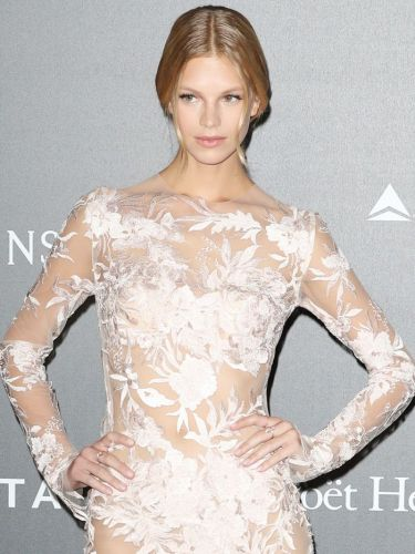 See 5 Levels of Naked Dresses on the Same Red Carpet