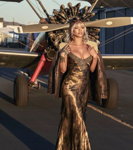 Happy B-Day, RiRi!The pop star takes flight with BAZAAR