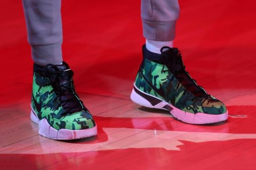 """Giannis Antetokounmpo Spotted Sporting a Bright Green UNDEFEATED x Nike Kobe 1 """"Protro"""""""