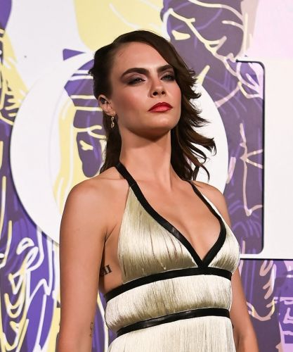 Is Cara Delevingne The Last Person On Earth To Still Decorate Her Home With Vaginas?