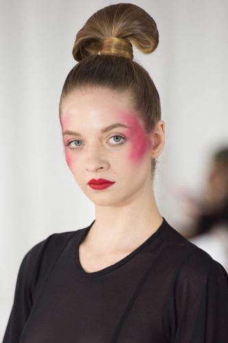 The Eye-Catching Details in a Sushi-Inspired Topknot