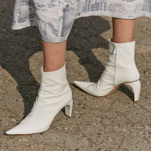The 7 Best Shoes for High Arches