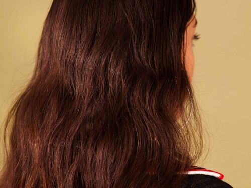 Is Sulfate-Free Shampoo Really Better For Hair?