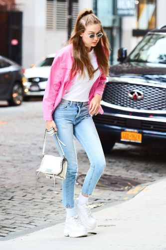 Gigi Hadid Wore This Super Cheap Trend With Skinny Jeans