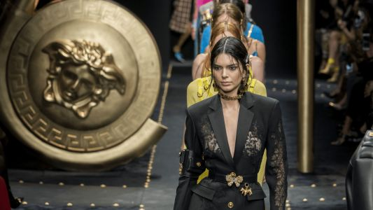 See Every Look from Versace's Fall 2019 Collection