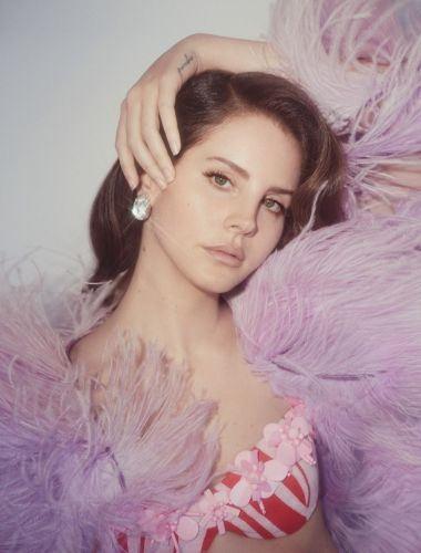 Lana Del Rey says she's writing a musical