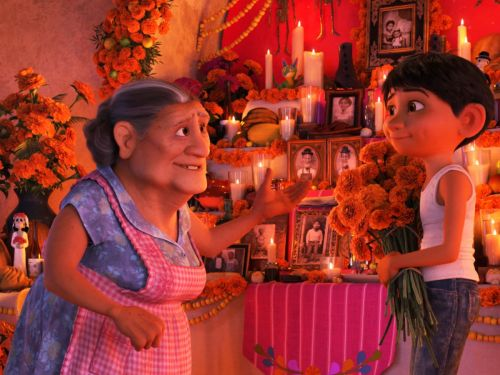 Amid Pixar Controversy, Coco Is Still A Sweet Tear-Jerker - & A Win For Latinos
