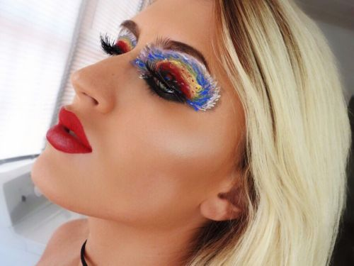"This ""Hurricane Irma Makeup Look"" Isn't Going Over Well on Twitter"
