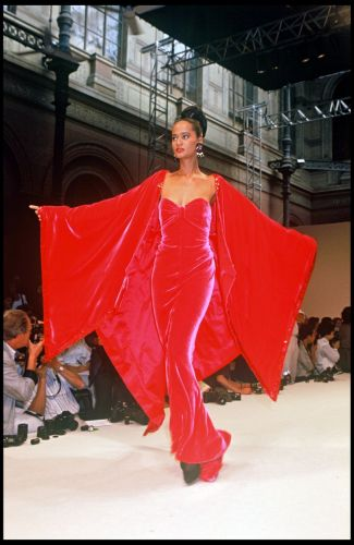 The Wildest '90s Couture Looks You Probably Forgot About