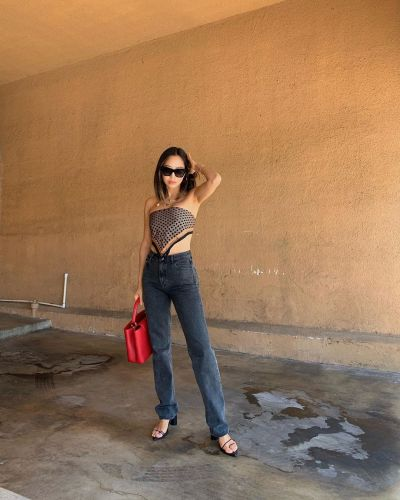 7 Spring Date-Night Outfits That Look Amazing With Jeans