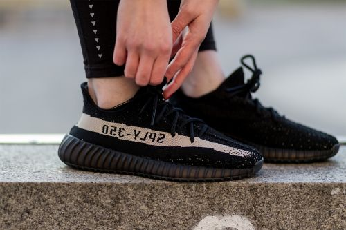 Man trying to buy Yeezy sneakers pulls knife on seller