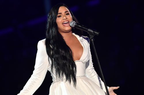 Demi Lovato Sings Powerful Ballad 'Anyone' at the 2020 Grammy Awards Following Overdose