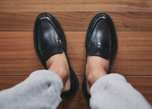 VINNY's Proposes Perfected Loafers for Spring