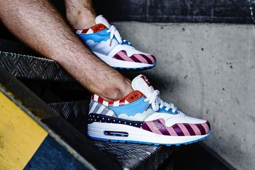 "Solebox Berlin Made Resellers Wear Nike Air Max 1 ""Parra"" After Purchase"