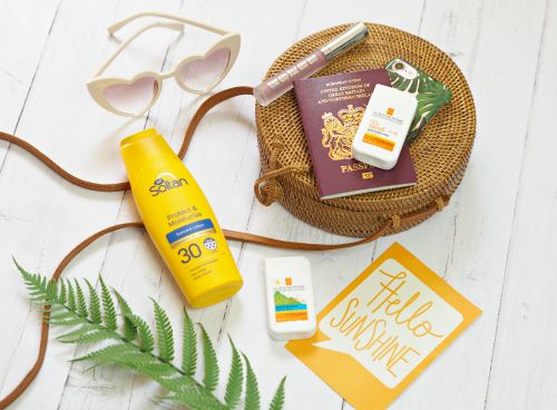 Everything You Need To Know About SPF, Sunscreen & Sun Protection This Summer