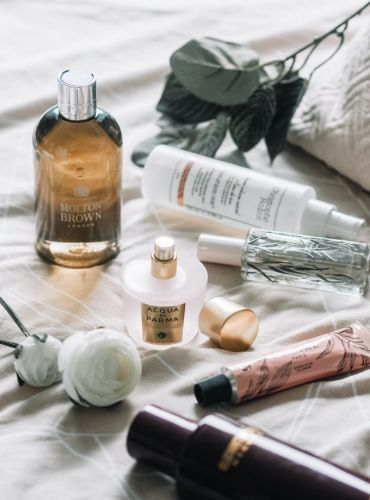 New & Easy Ways To Add A Touch Fragrance Into Your Beauty Regime