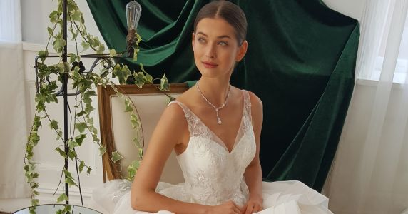 The 5 Biggest Wedding Dress Trends to Look For In 2018