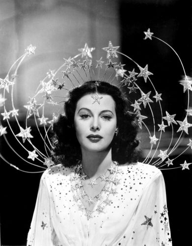 The 1940s Hollywood Actress Who Invented Technology for WiFi