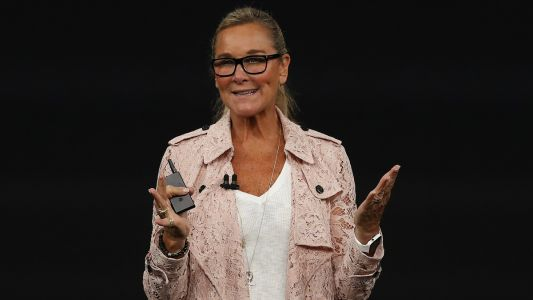 Must Read: Apple's Angela Ahrendts Sparks Burberry Trench Coat Frenzy, Re/Done Launches Cindy Crawford Capsule