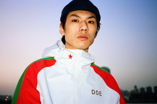 DOE Heads West for 'Chinafornia' Spring/Summer 2018 Lookbook