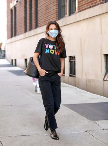 Katie Holmes Just Made This $15 'Vote' Tee The New Cashmere Bra