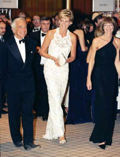 Princess Diana and Anna Wintour Wore Your Dream Party Outfits in '96