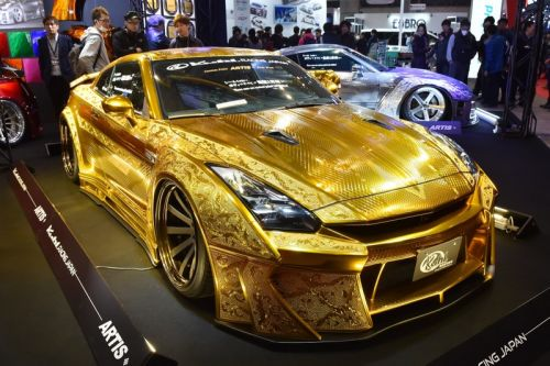 Kuhl Racing's Fully-Engraved Gold Nissan GT-R Is Now for Sale