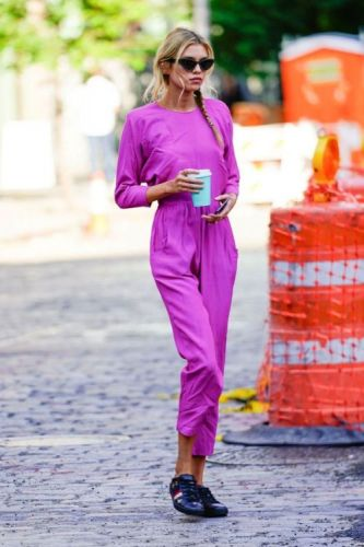 Stella Maxwell Makes the Case for a Bright Pink Jumpsuitfor