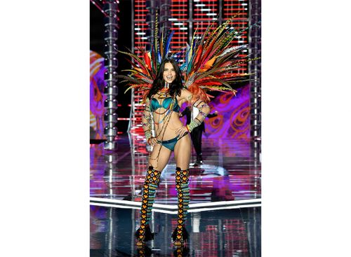 Why Is No One Talking About The Problematic Looks At the Victoria's Secret Fashion Show RN?!