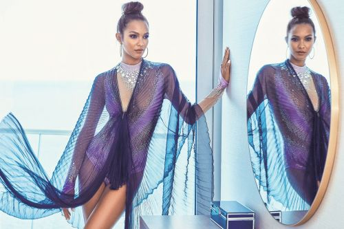 Victoria's Secret model Lais Ribeiro makes waves in Miami