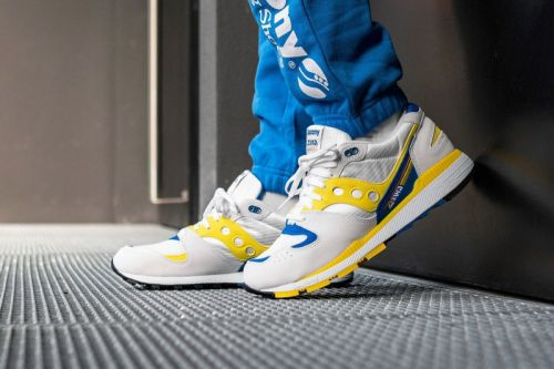 Saucony's Azura Sneaker Returns in OG Form for 30th Anniversary