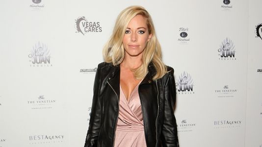 Kendra Wilkinson Hospitalized After Canceling Las Vegas Shows