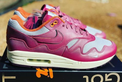 """Early Glimpse of the Patta x Nike Air Max 1 """"Night Maroon"""""""