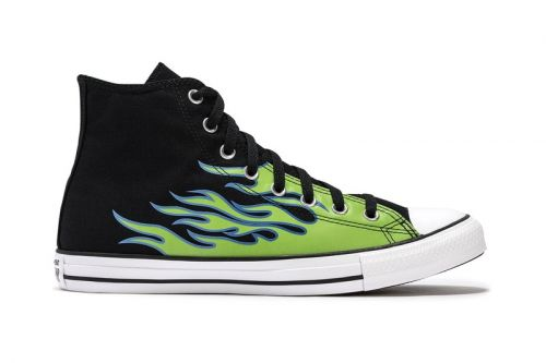 "Converse Drops Chuck Taylor All Star in ""Black/Glow In the Dark/Royal Pulse"""