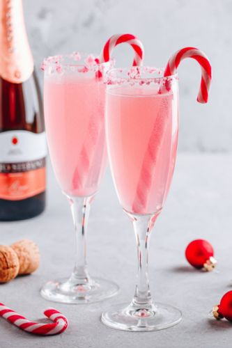 17 Big-Batch Cocktails That'll Get Everyone Drunk At Your Holiday Party