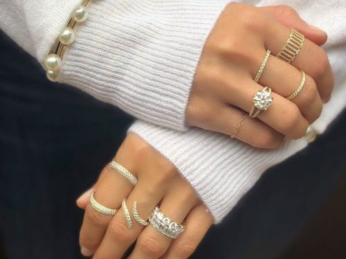 11 Classic Jewelry Trends That Never Lose Their Popularity
