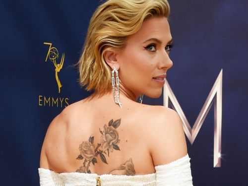 Scarlett Johansson Finally Reveals Her Huge New Back Tattoo At The 2018 Emmys