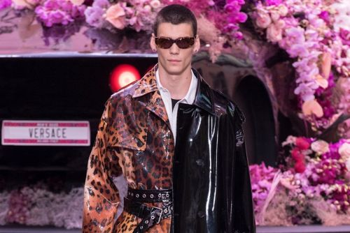 """Versace's SS20 Collection Showcases """"Contemporary Masculinity"""""""