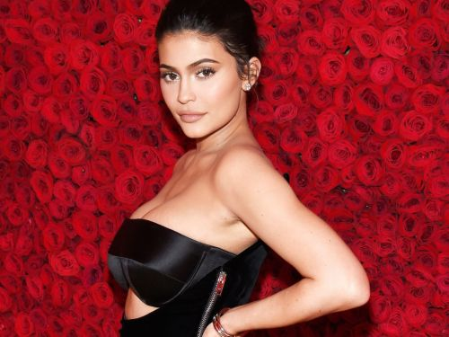 Kylie Jenner Proudly Shows Off Her Scar On The Cover Of GQ