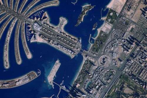 "Canon Has Created a Website That Let's You ""Take Pictures"" From Space"