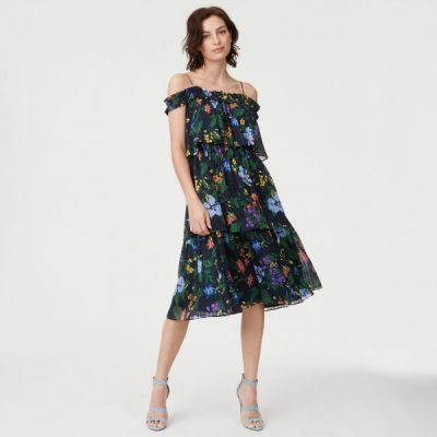 19 End-of-Summer Fashion Sales Not to Miss Out On